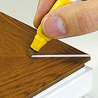 Colour from small edges and scratches to wide mitre grooves